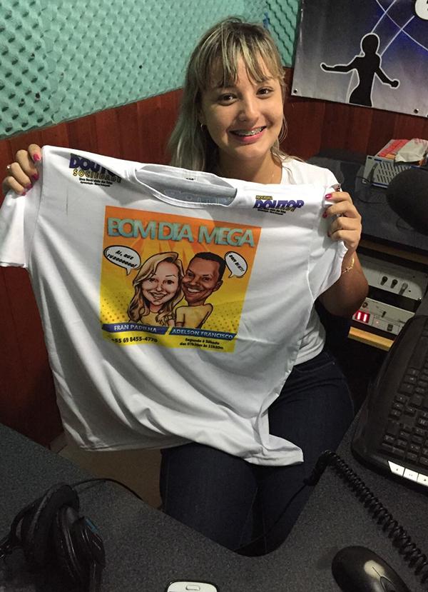 mega 96 caricatura camiseta