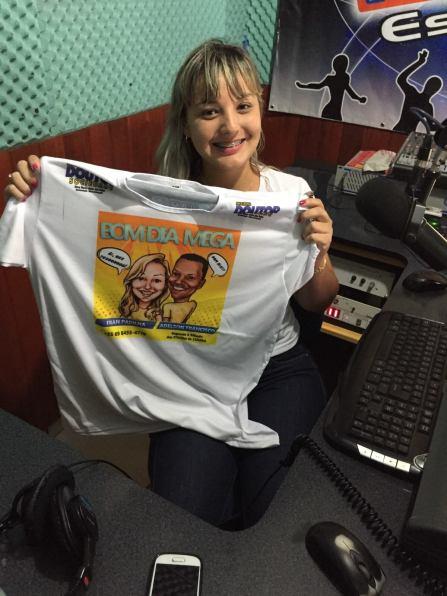 mega camiseta publicidade